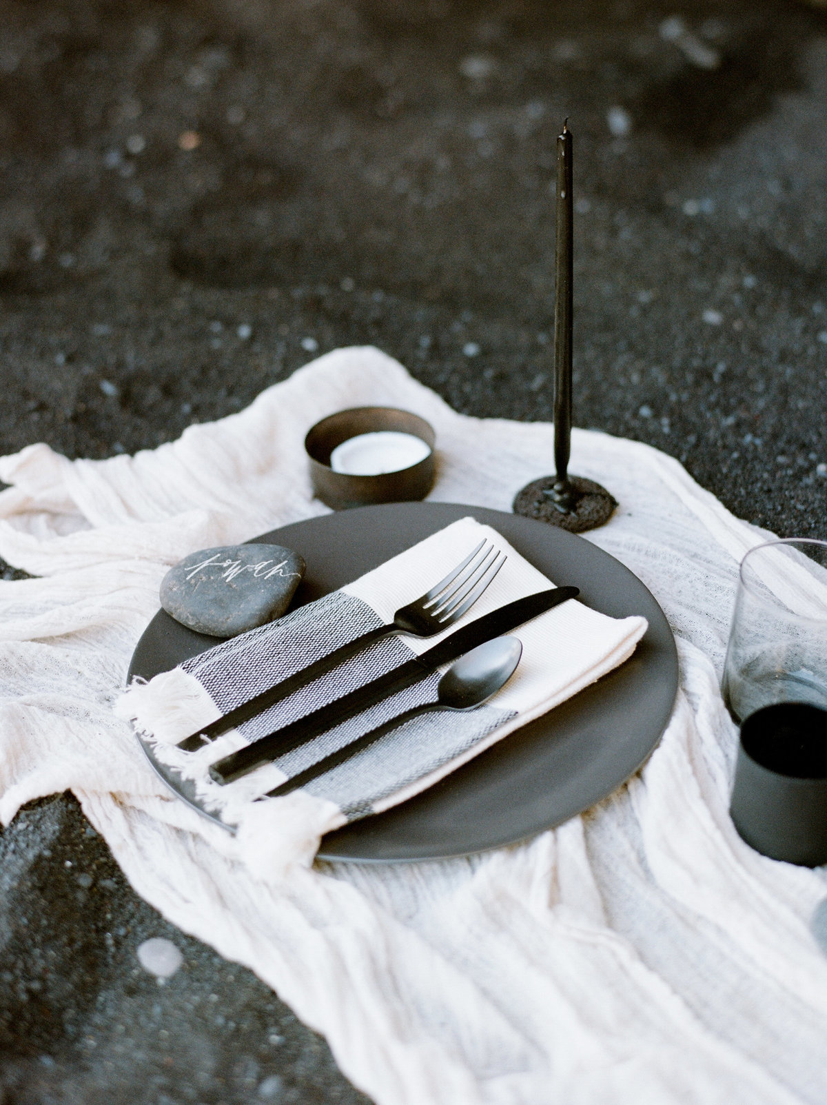 cathrinetaylor_iceland_tablescape-9