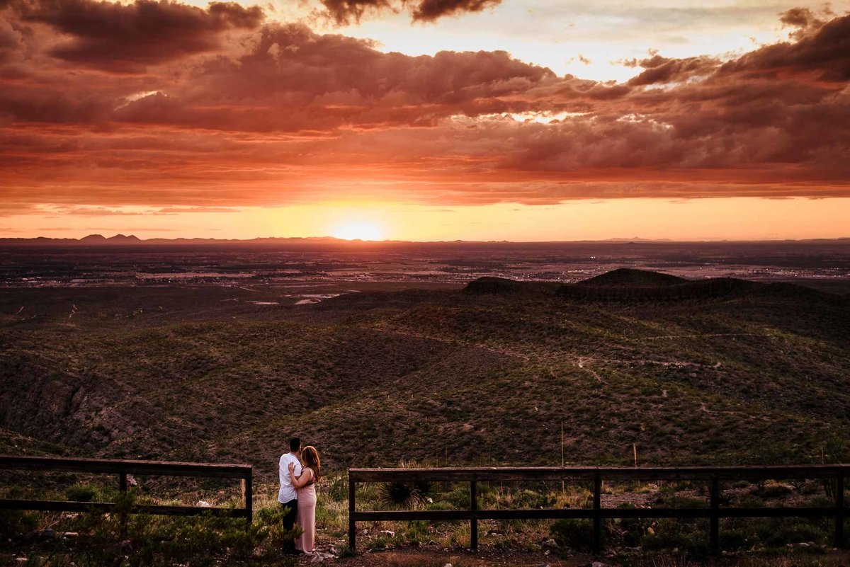 sunset engagement photo in el paso texas by stephane lemaire photography