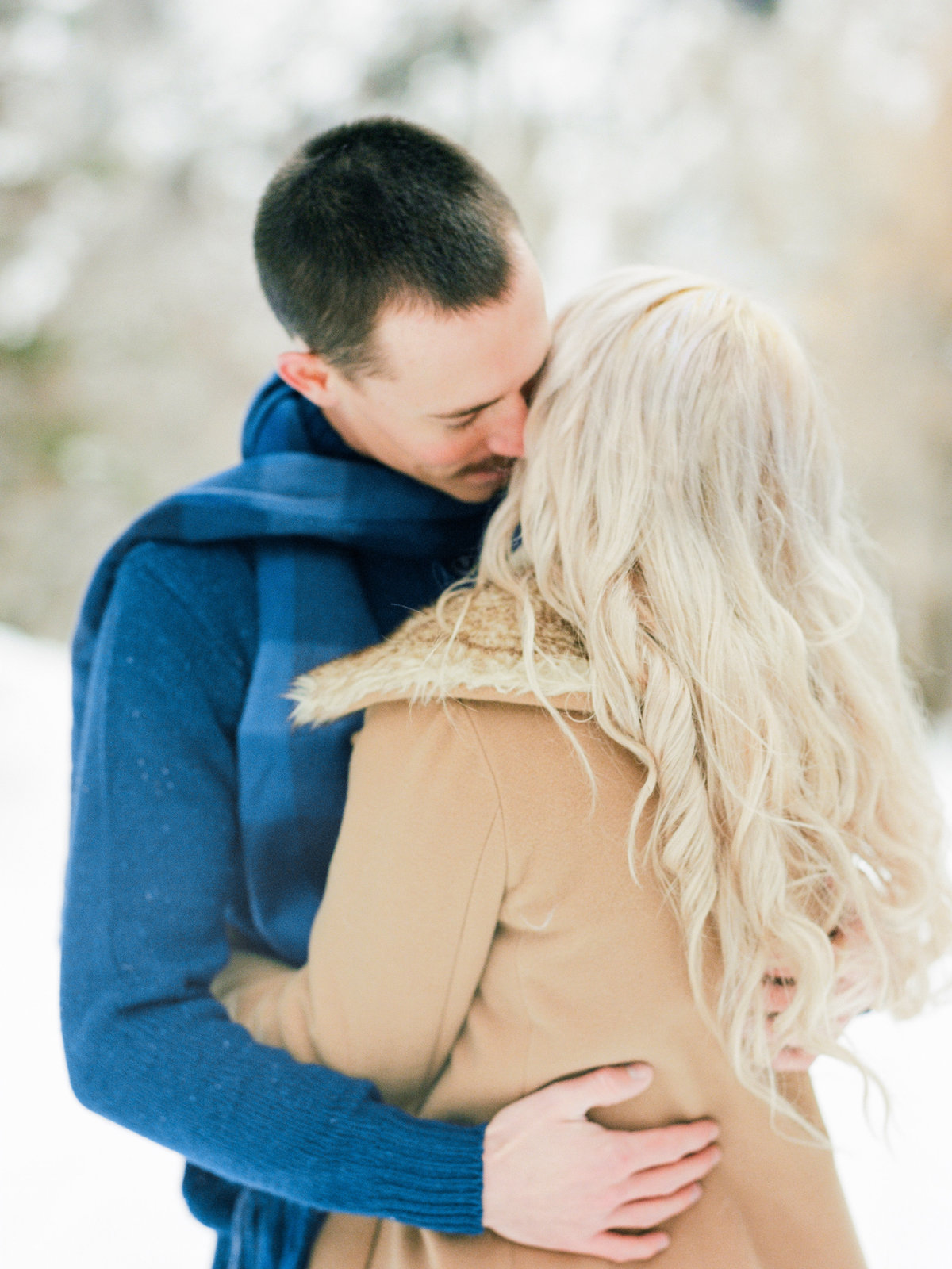 salt-lake-city-winter-engagement-photo