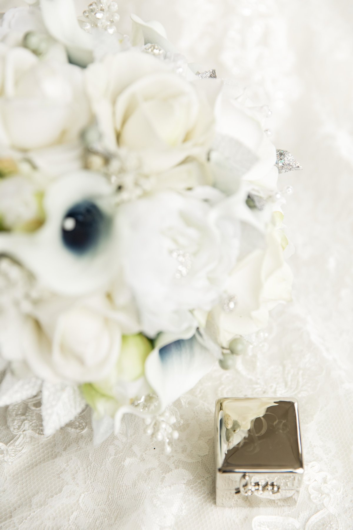 Hannah-Barlow-Photography-Wedding-Details_004