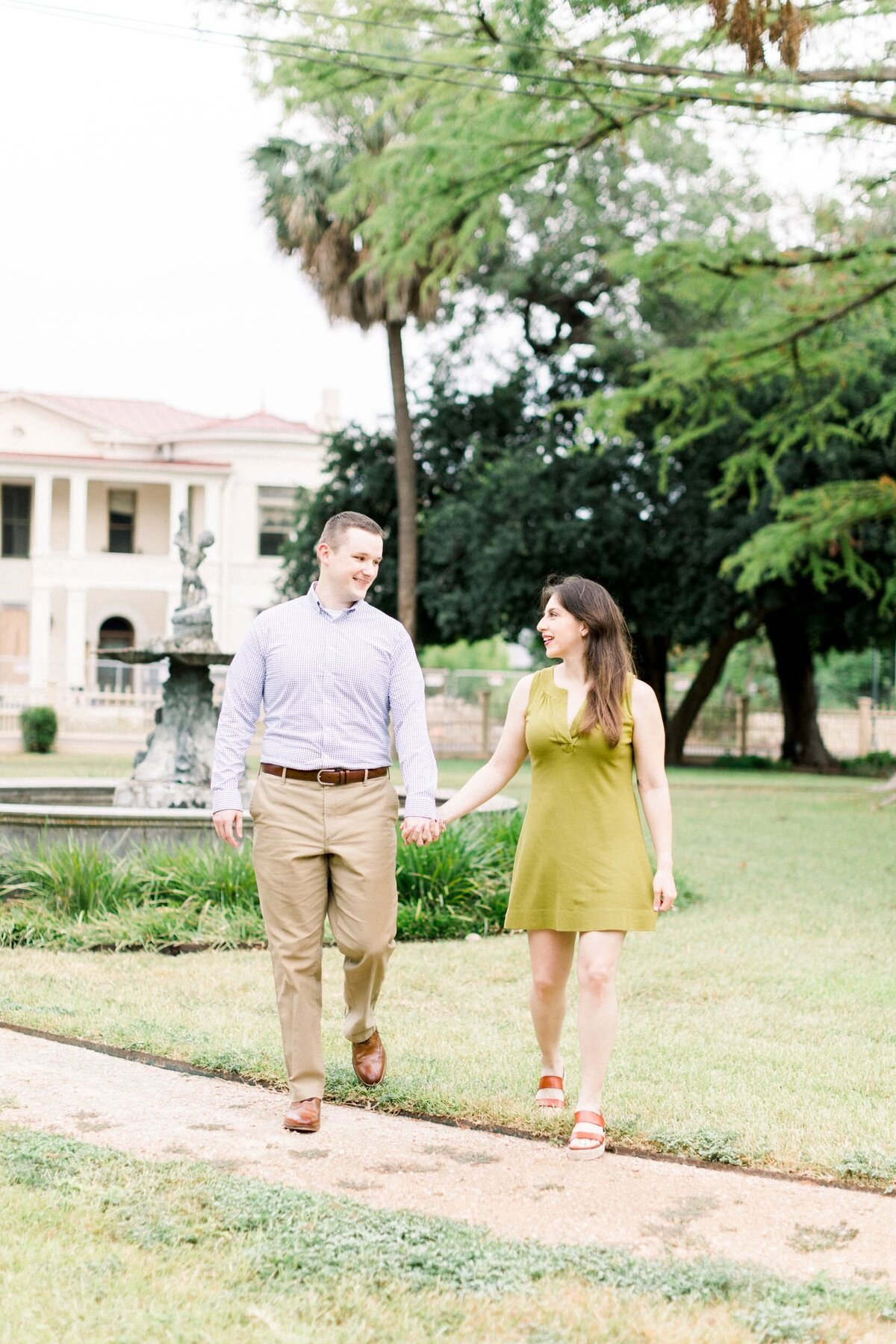 KingWilliamEngagement-AnnaKayPhotography-SanAntonioWeddingPhotographer-10