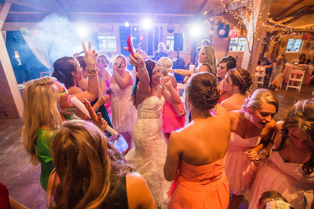 bridesmaids dancing at barnacopia in polo Illinois