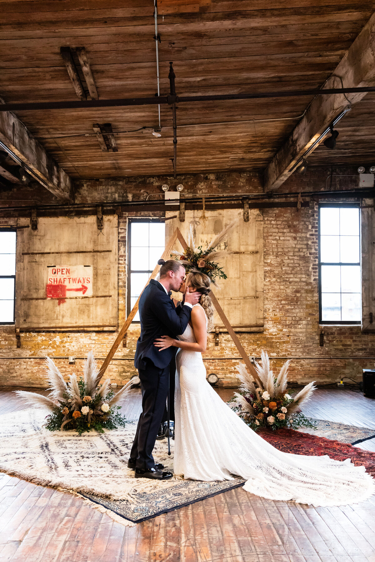Greenpoint_Loft_0901_Kacie_Corey_Wedding_06921