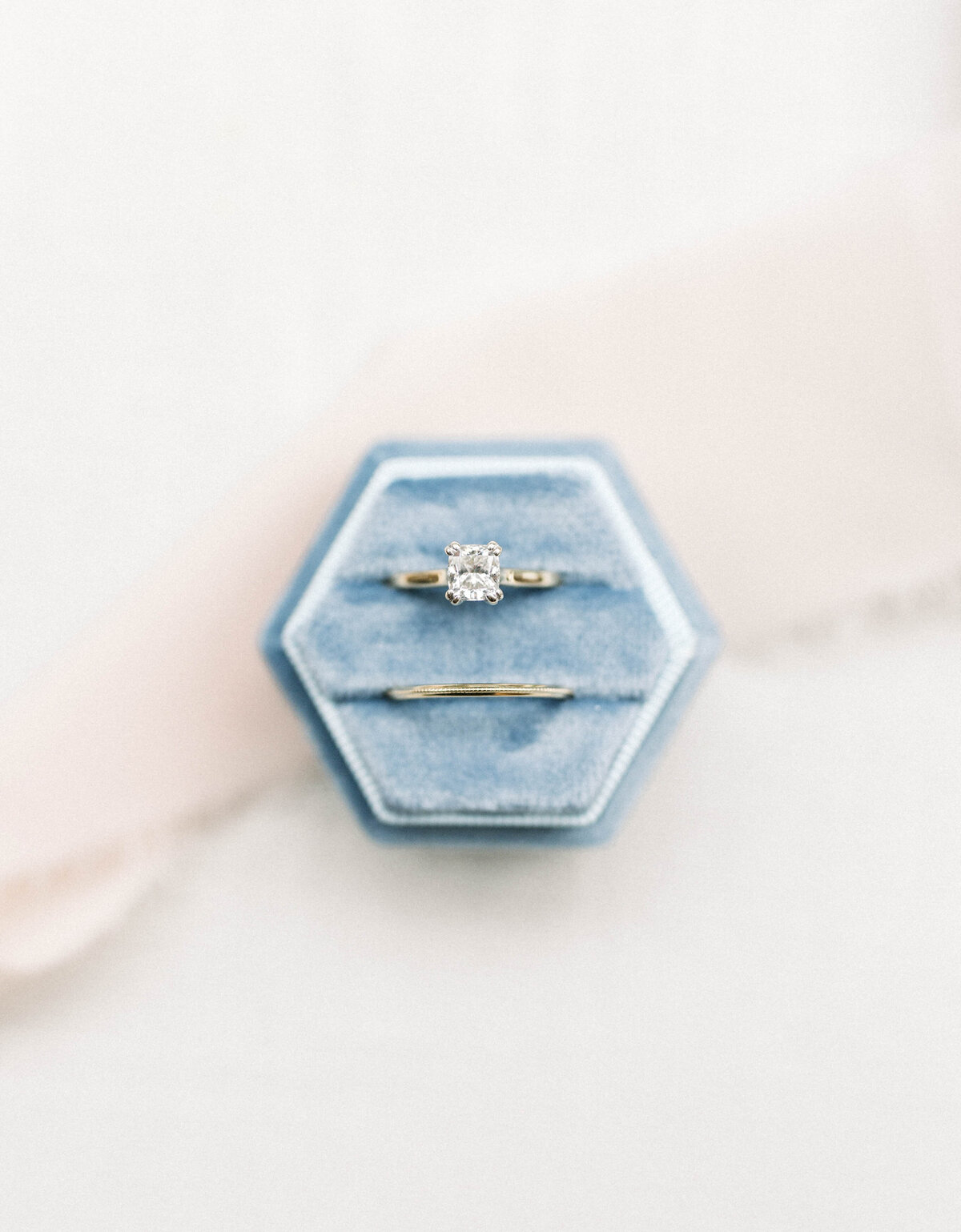 ring-detail-shot-missouri-wedding-photographer