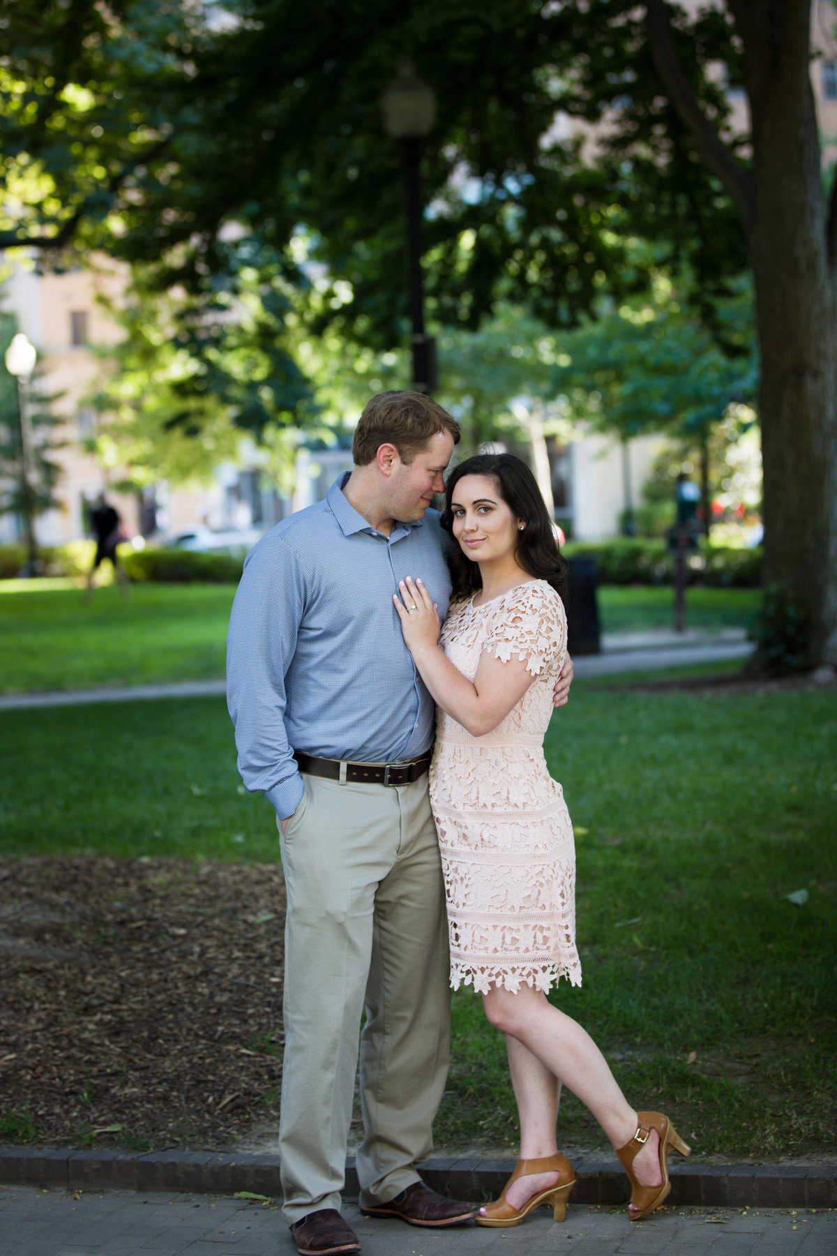 Rittenhouse-Square-Engagement-Mariya-Stecklair-Photography-1