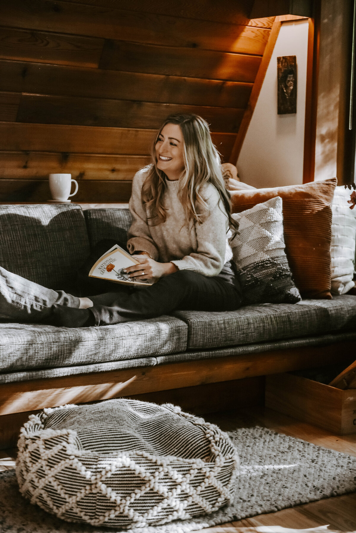 cabin-indoor-cozy-oregon-mountain-forest-photoshoot-photographer8923