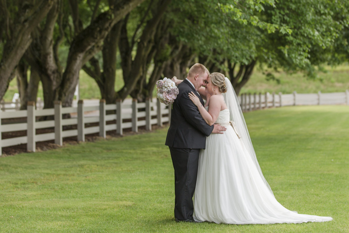 seattle wedding photographer Maplehurst Farms bride and groom Mount Vernon WA