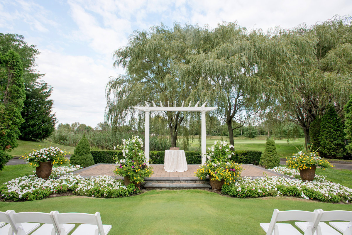 willow-creek-golf-and-country-club-wedding-photos-ceremony