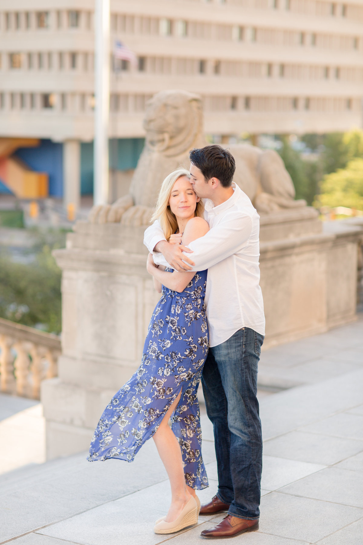 Indianapolis War Memorial Downtown Engagement Session Sunrise Sami Renee Photography-26