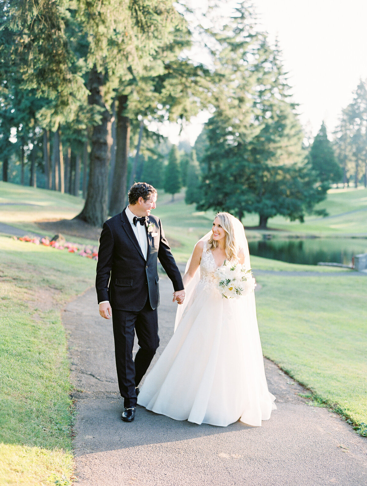 oswego-lake-country-club-wedding-30
