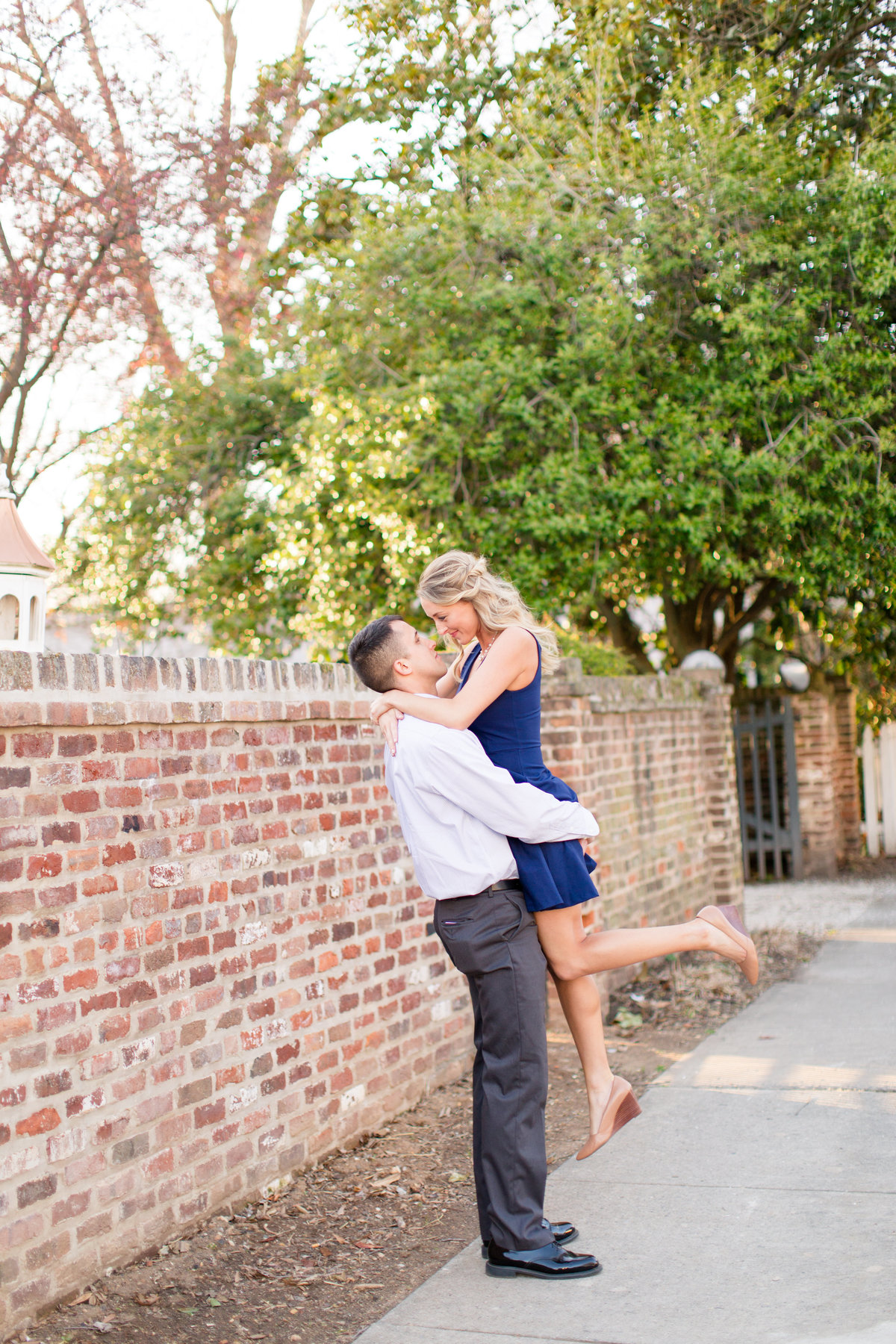Downtown Fredericksburg, Virginia engagement photography by Marie Hamilton Photography