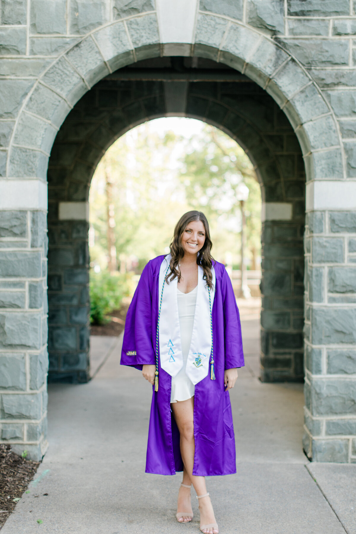 JMU_Senior_Graduation_Session_2020_Angelika_Johns_Photography-3631