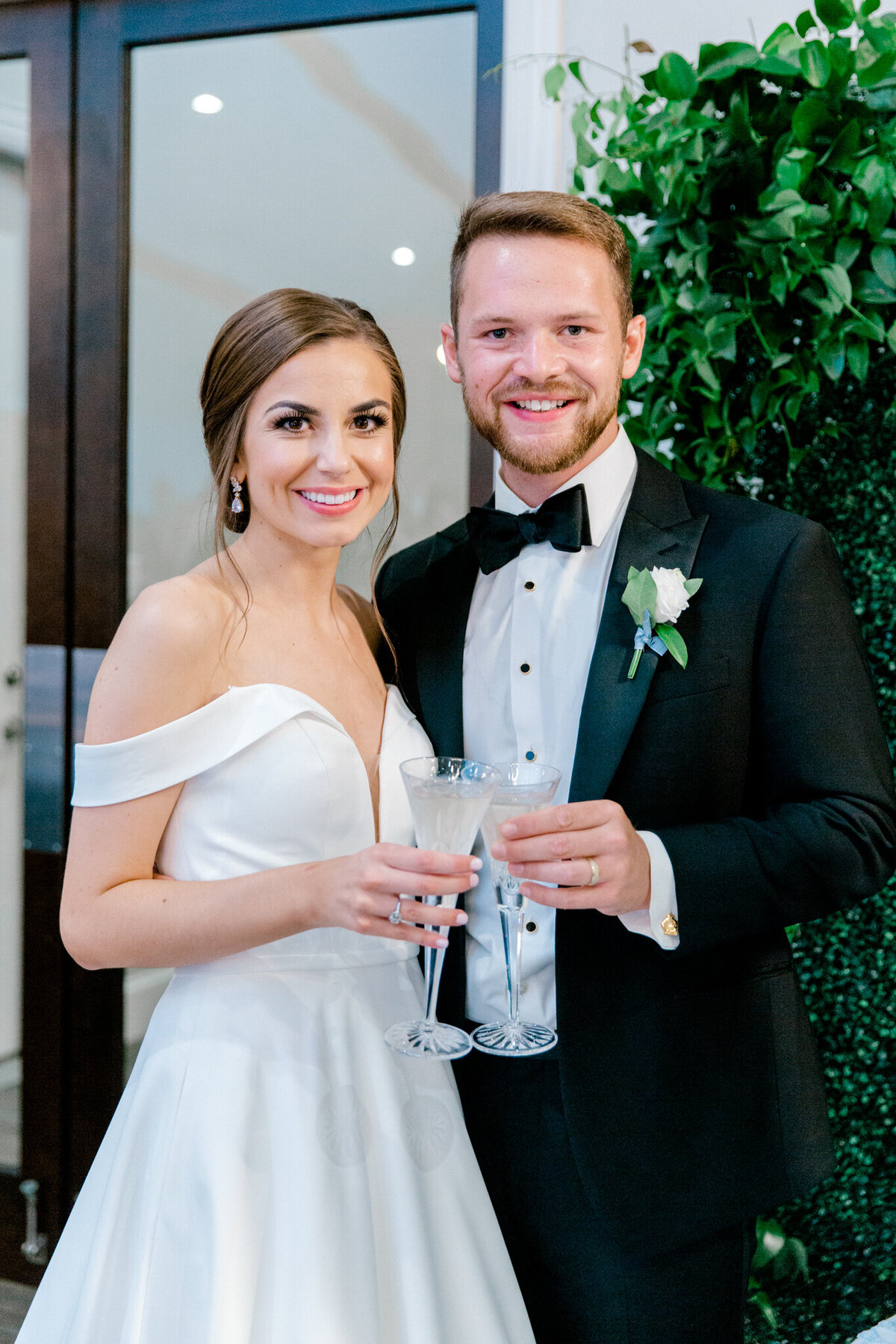 Lexi Broughton & Garrett Greer Wedding at Dove Ridge Vineyards | Sami Kathryn Photography | Dallas Wedding Photography-190