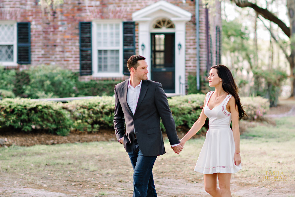 Charleston Engagement Photography | Engagement Pictures in Charleston | Engagement Portraits by Pasha Belman Photographer-12