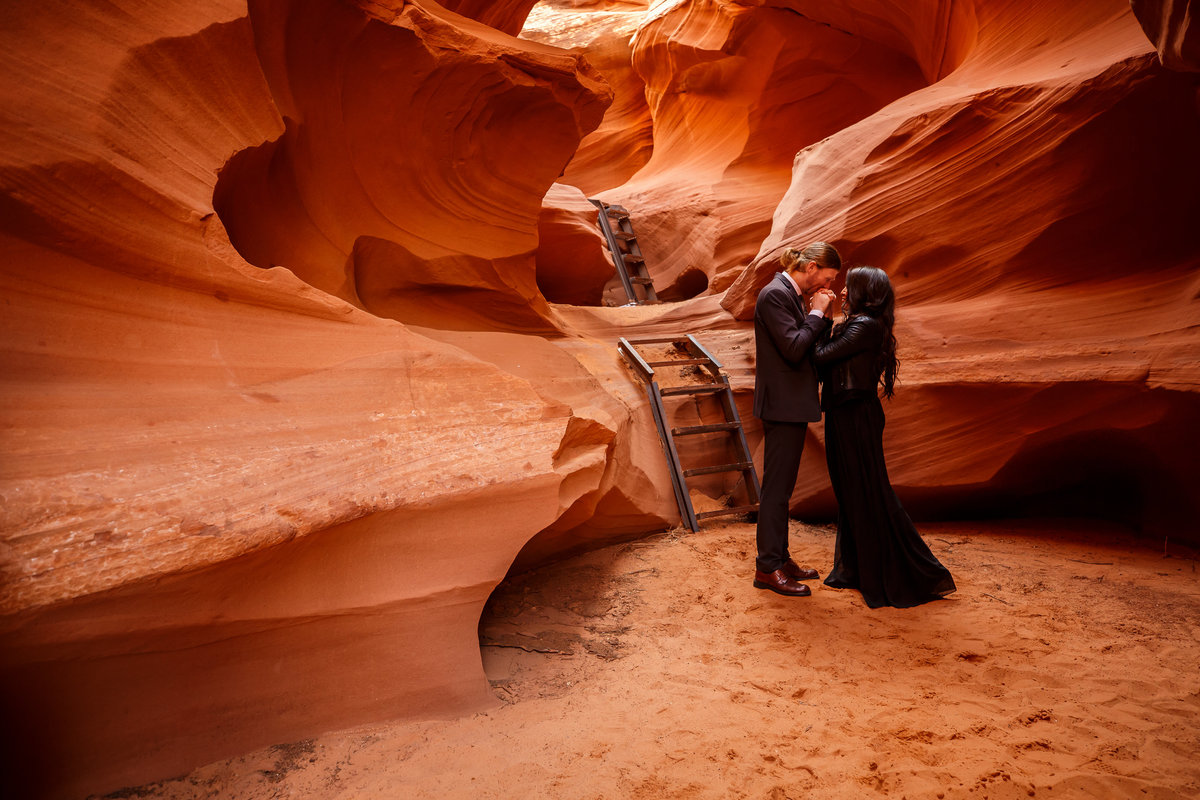Arizona couple eloping in a slot canyon