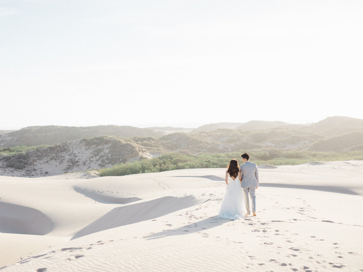 sand-dunes-engagement-session-9
