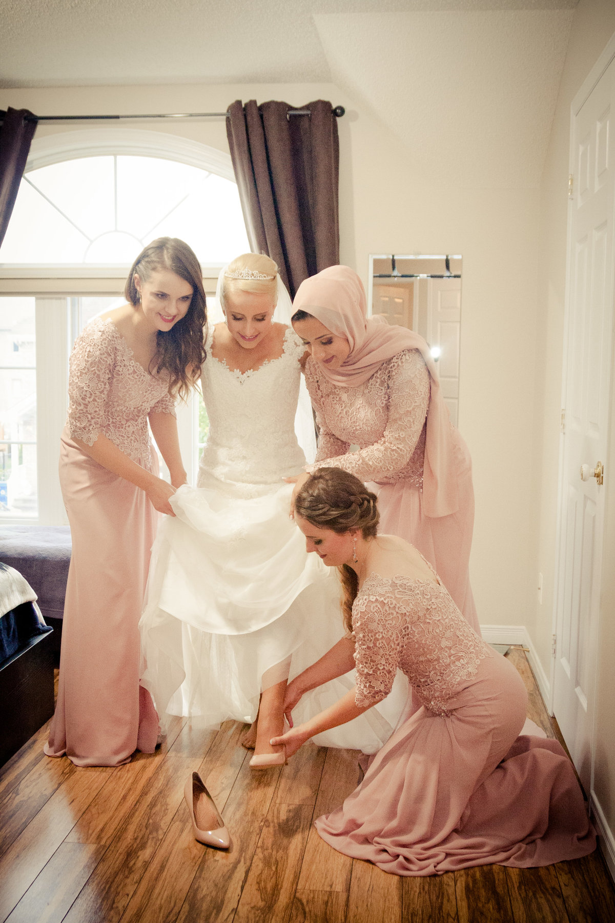 Ottawa Bride and Bridesmaids