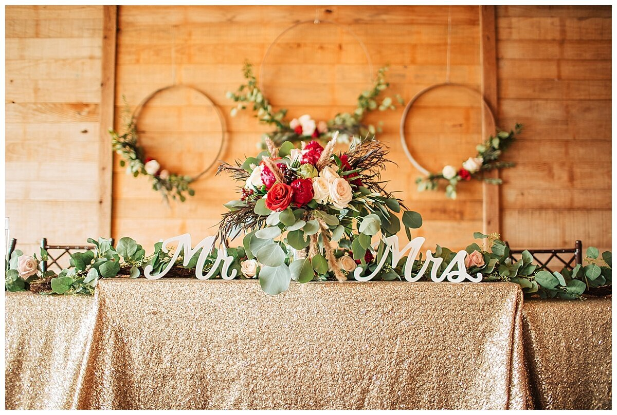 Houston Wedding Planner for Glam Boho Inspired Wedding Design at Emery's Buffalo Creek- J Richter Events_0003