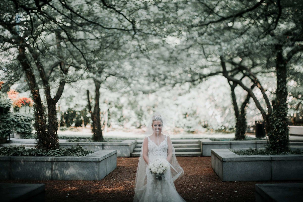 bride-art-institute-gardens