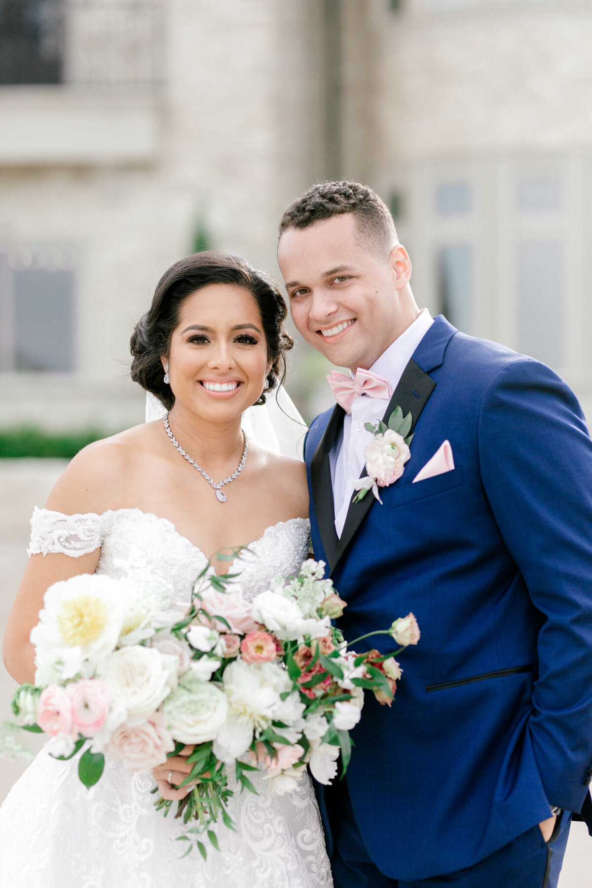 Jasmine & Josh Wedding at Knotting Hill Place | Dallas DFW Wedding Photographer | Sami Kathryn Photography-98