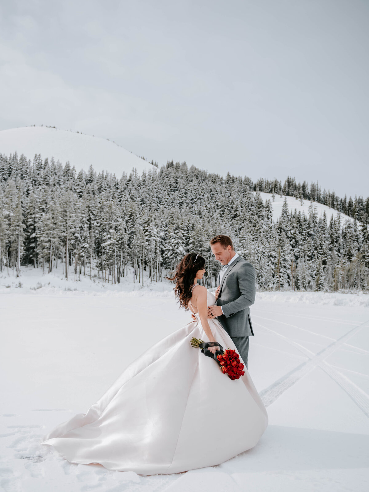 mt-bachelor-snow-winter-elopement-bend-oregon-wedding-photographer-2127