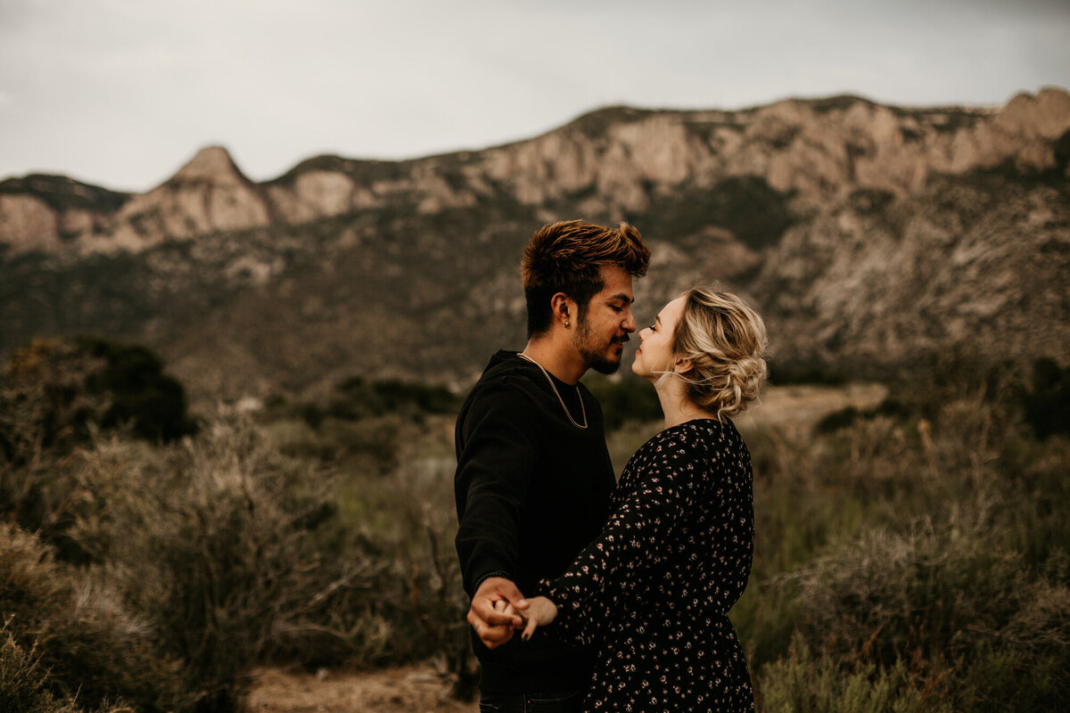 Sandia-Foothills-Engagement-Photography-Albuquerque-18
