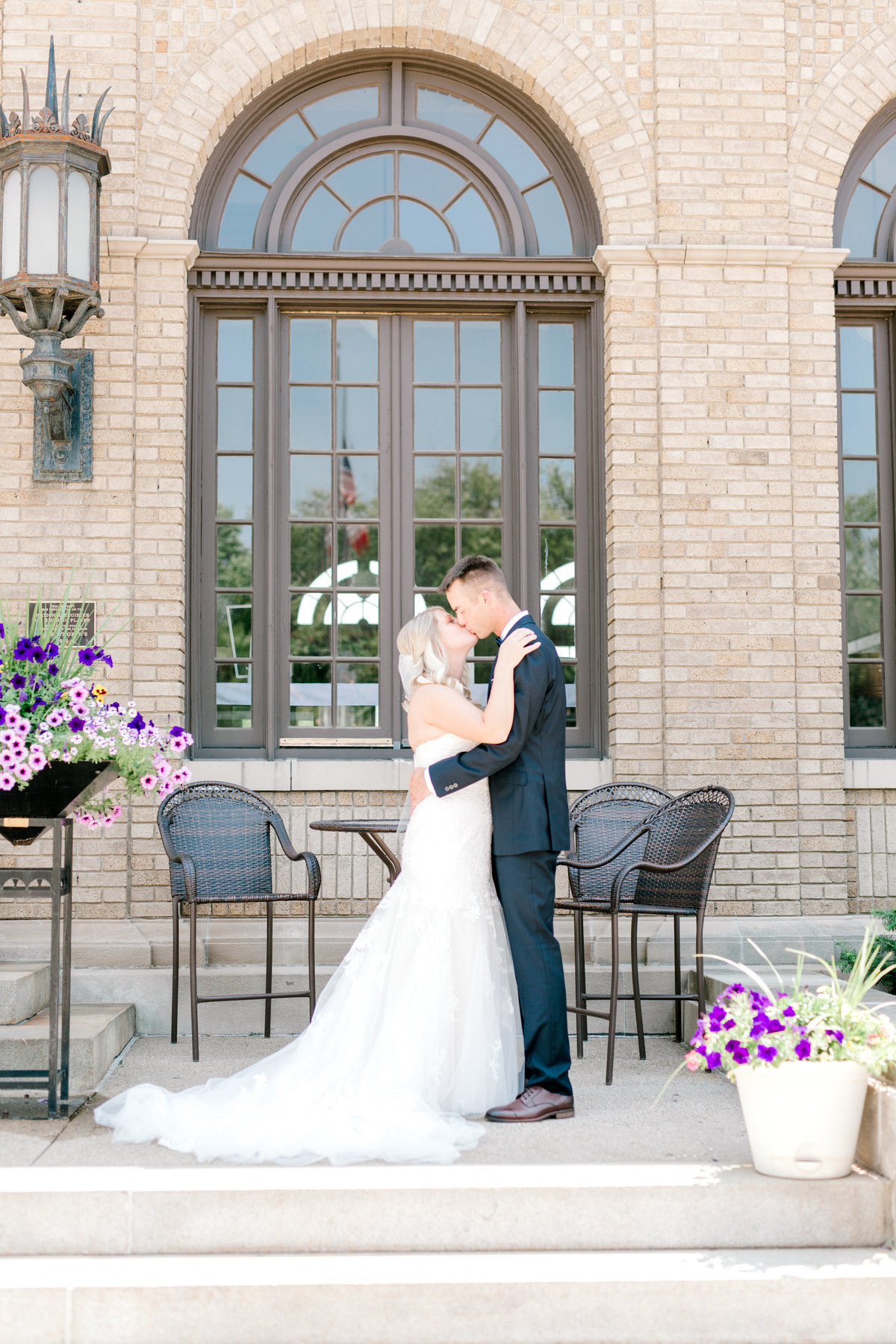 la poste perry iowa wedding photographer danielle+daniel-4839