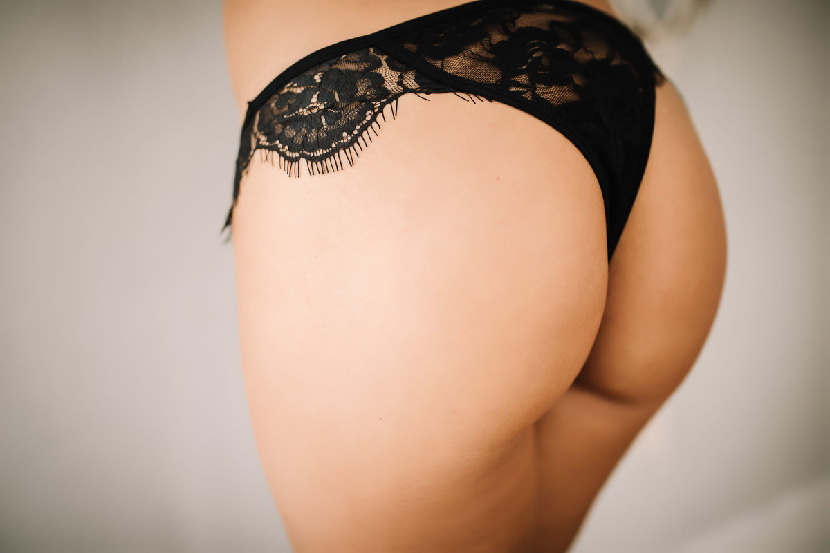 EllaJean-BoudoirSession-53
