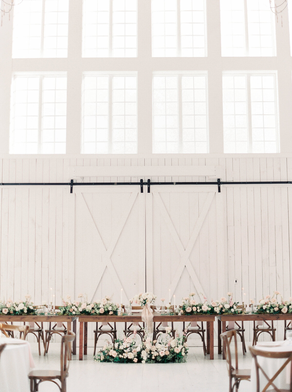 White Sparrow Barn_Lindsay and Scott_Madeline Trent Photography-0108
