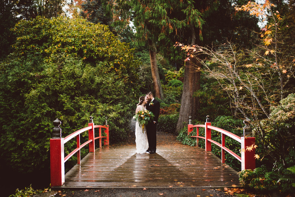 Seattle Wedding Photographer Karissa Roe Kubota Gardens wedding photos-6
