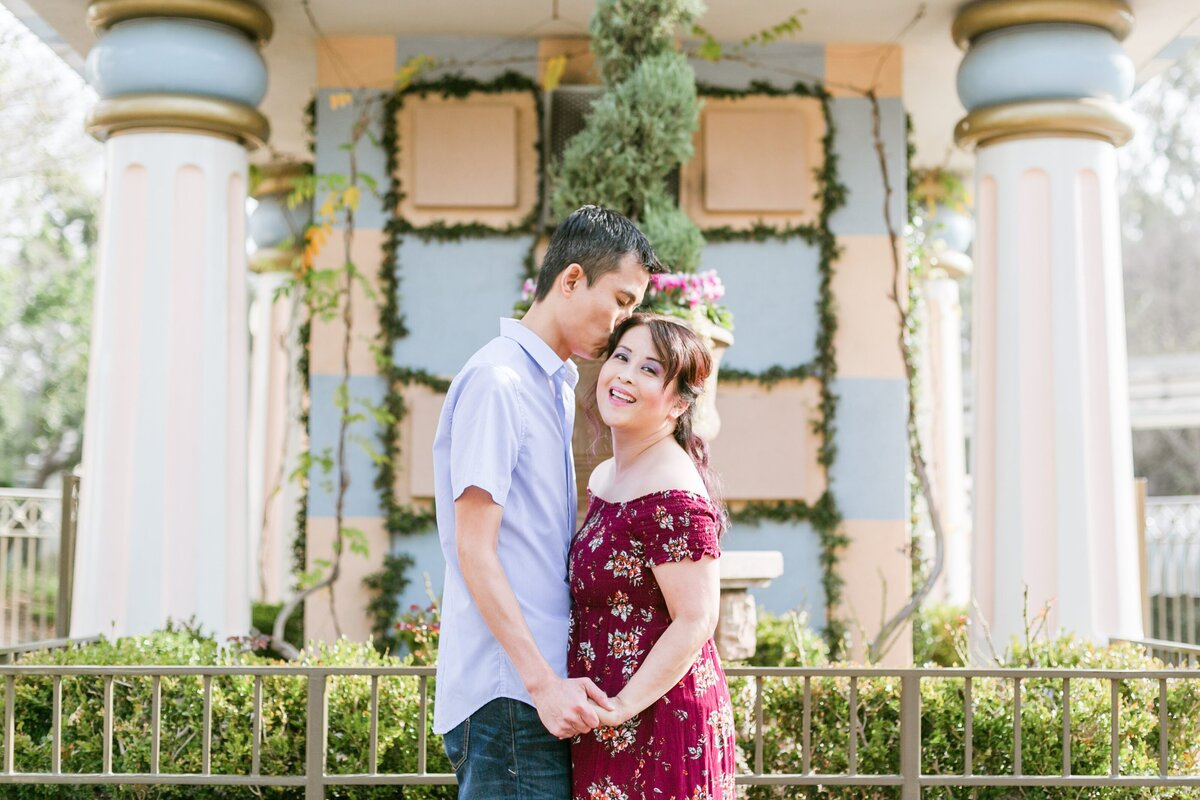 Disneyland-Engagement-Session-0002