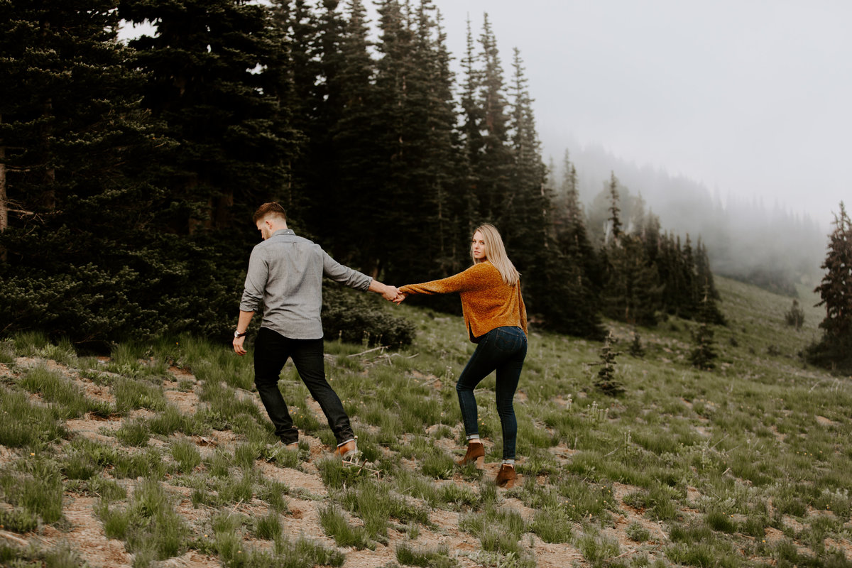 Marnie_Cornell_Photography_Engagement_Mount_Rainier_RK-185