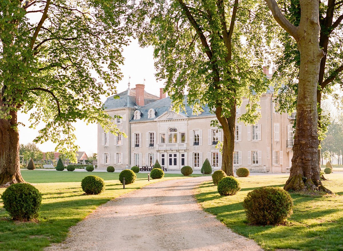 JessieBarksdalePhotography_Luxury-Chateau-Wedding-France_003