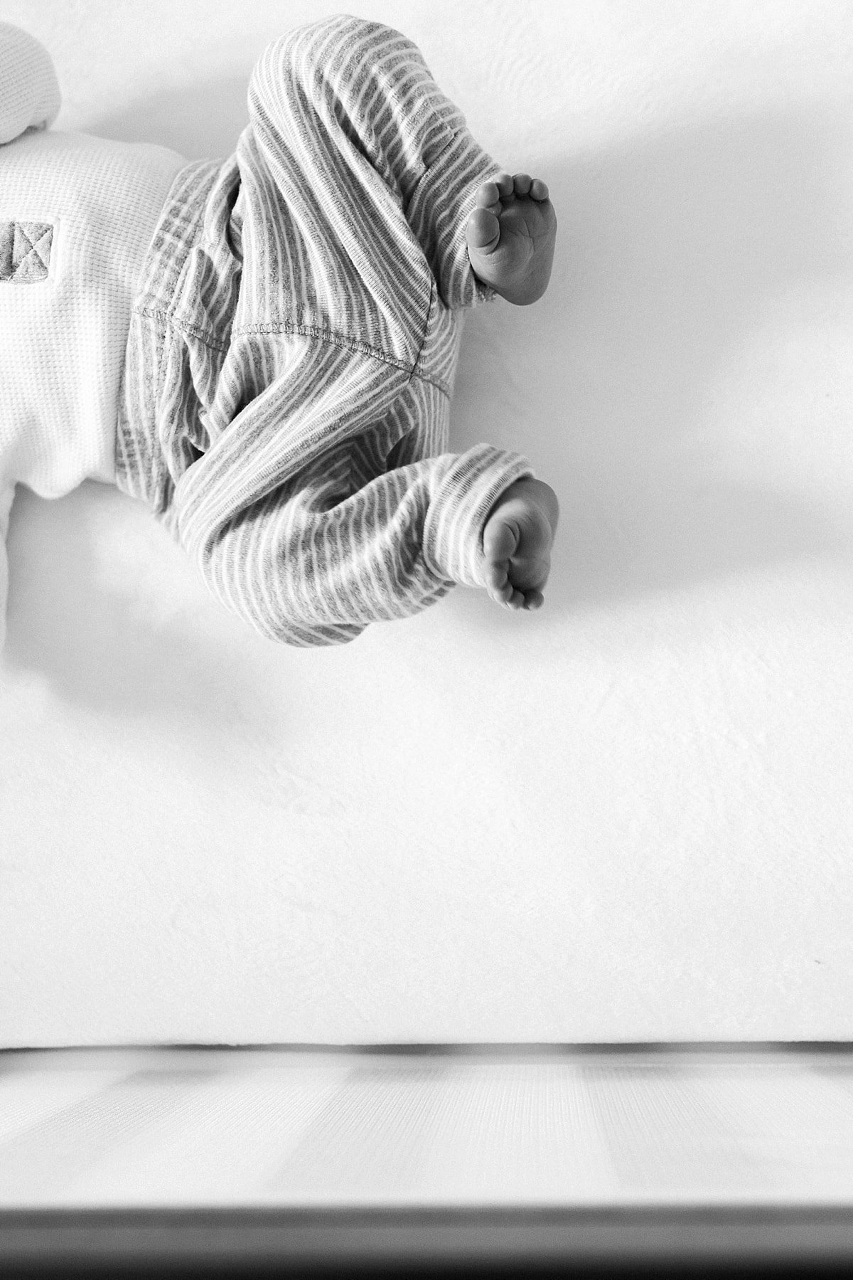 Houston, Texas Lifestyle Newborn Session photographed by Alicia Yarrish Photography