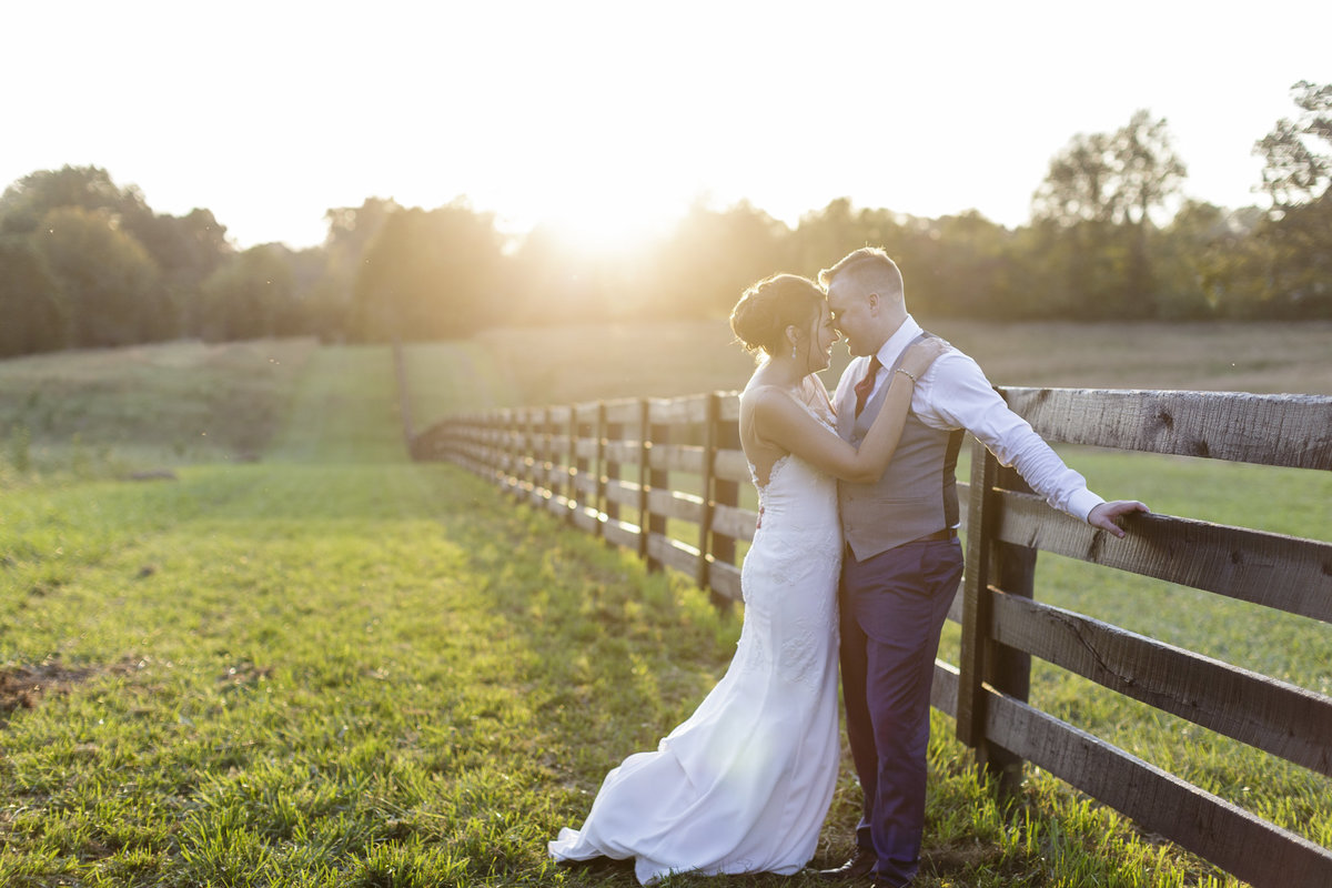 Sycamore Farm Bloomington, Indiana Wedding | www.ErikaBrownPhotography.com-0057