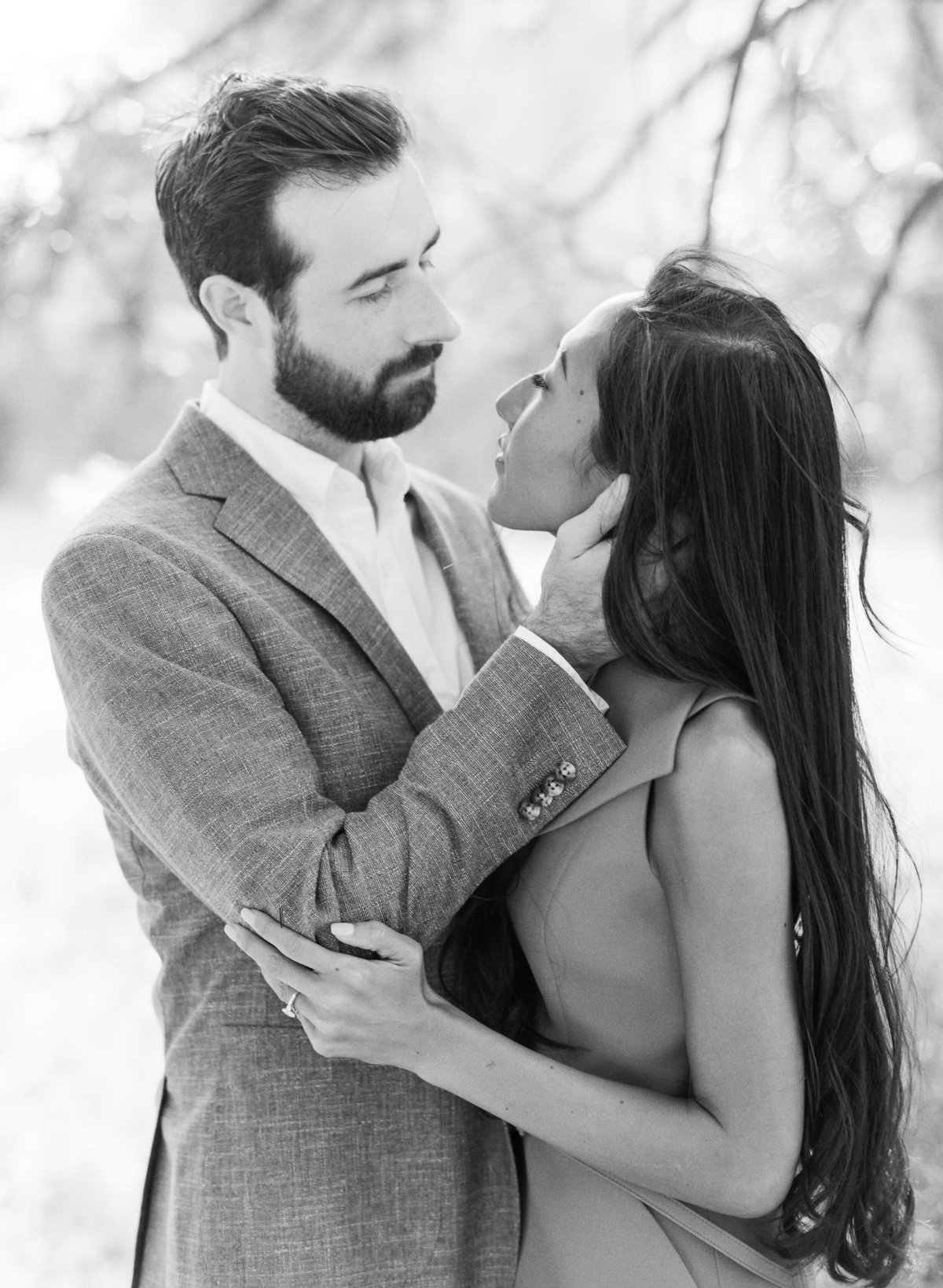 54-KTMerry-engagement-photography-film-black-white
