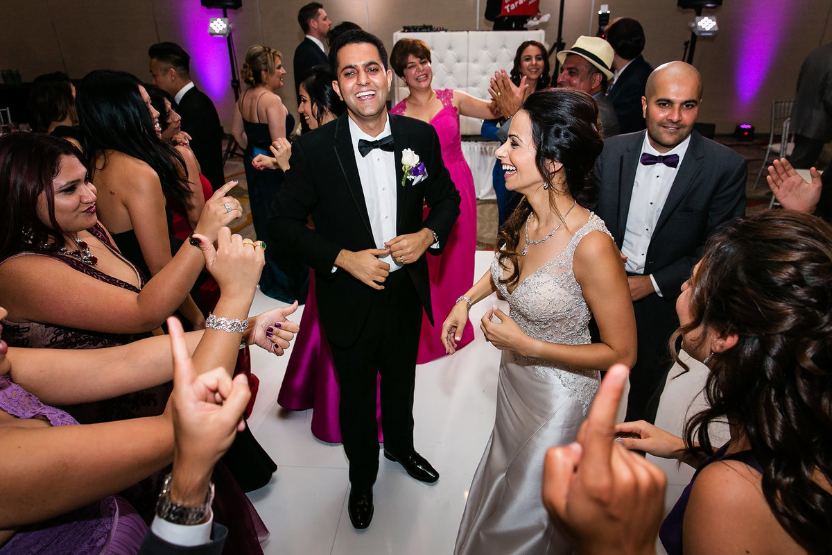 131-hotel-irvine-wedding-photos-sugandha-farzan