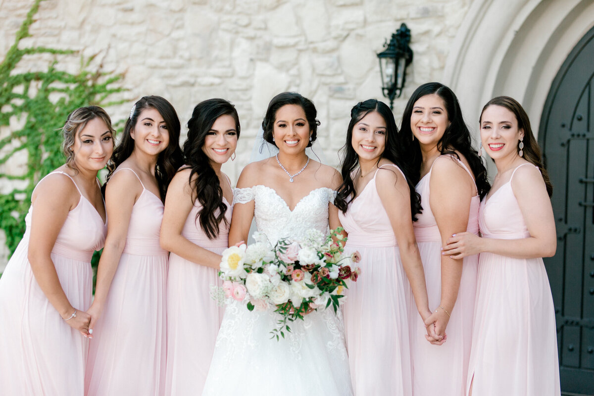 Jasmine & Josh Wedding at Knotting Hill Place | Dallas DFW Wedding Photographer | Sami Kathryn Photography-41