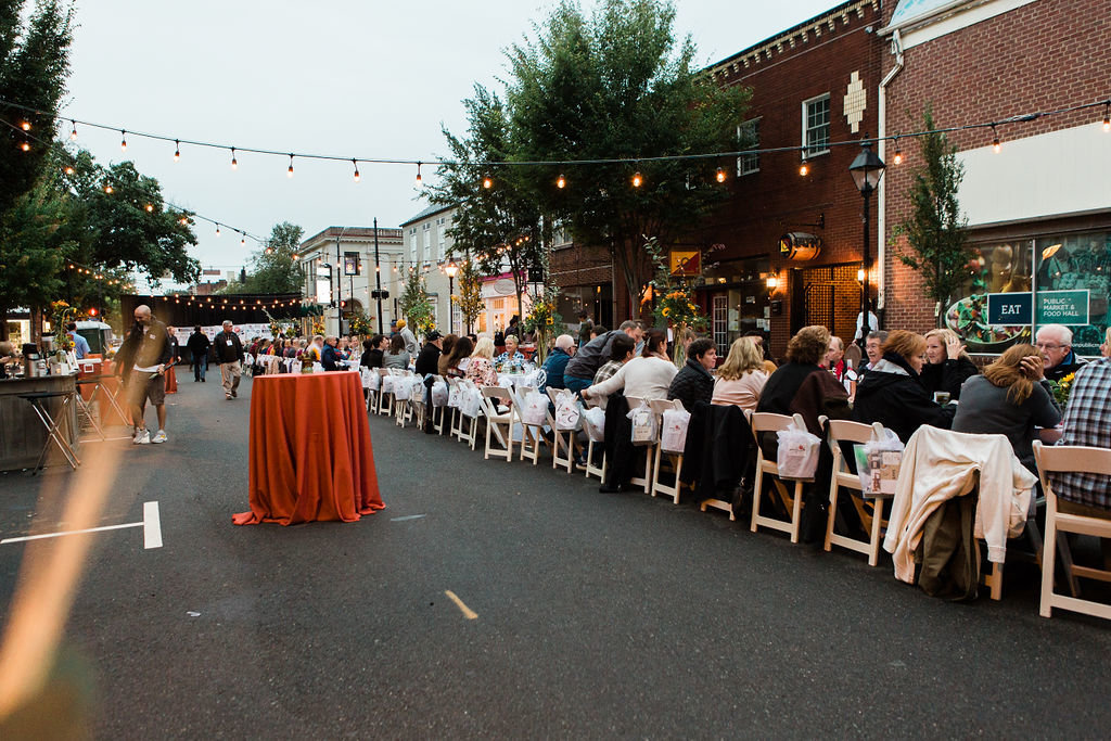 affair-on-caroline-street-fredericksburg-virginia-community-dinner-happy-to-be-events2281