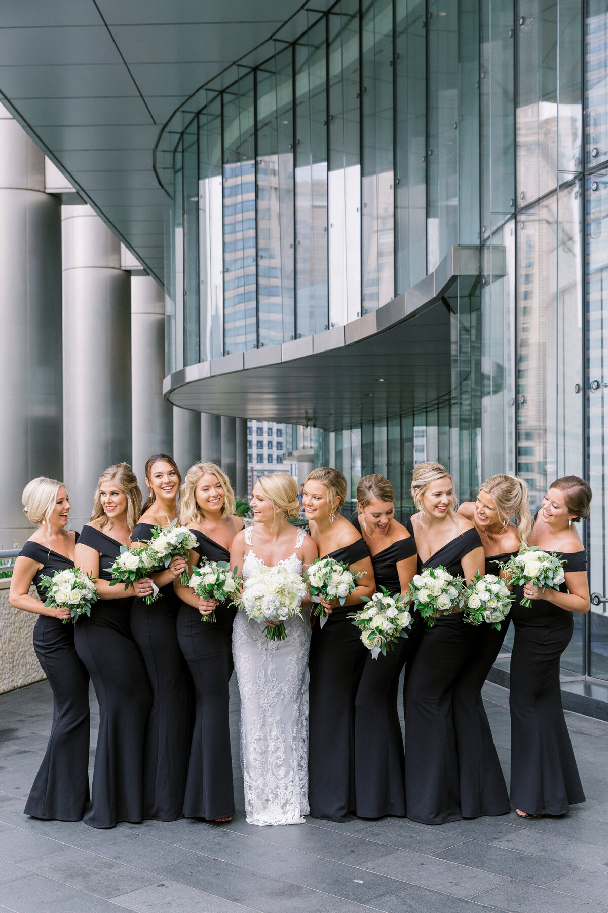 Downtown Chicago Wedding Photographer_Shauna and Jordon Photography021