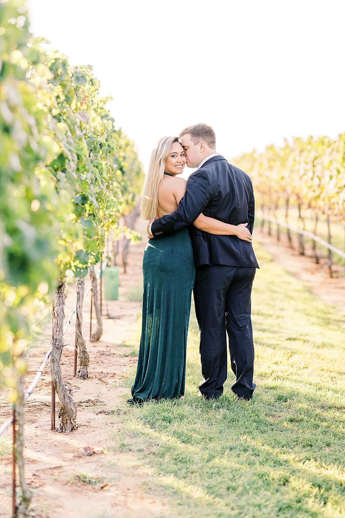 Texas-Hill-Country-Vineyard-Engagement-Portrait-Session-Alicia-Yarrish-Photography_0071