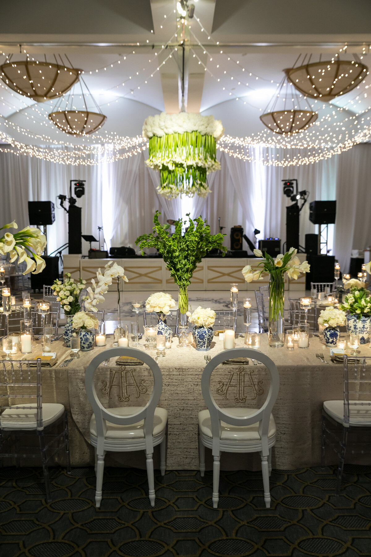 modern-perkins-chapel-wedding-with-great-design (57)