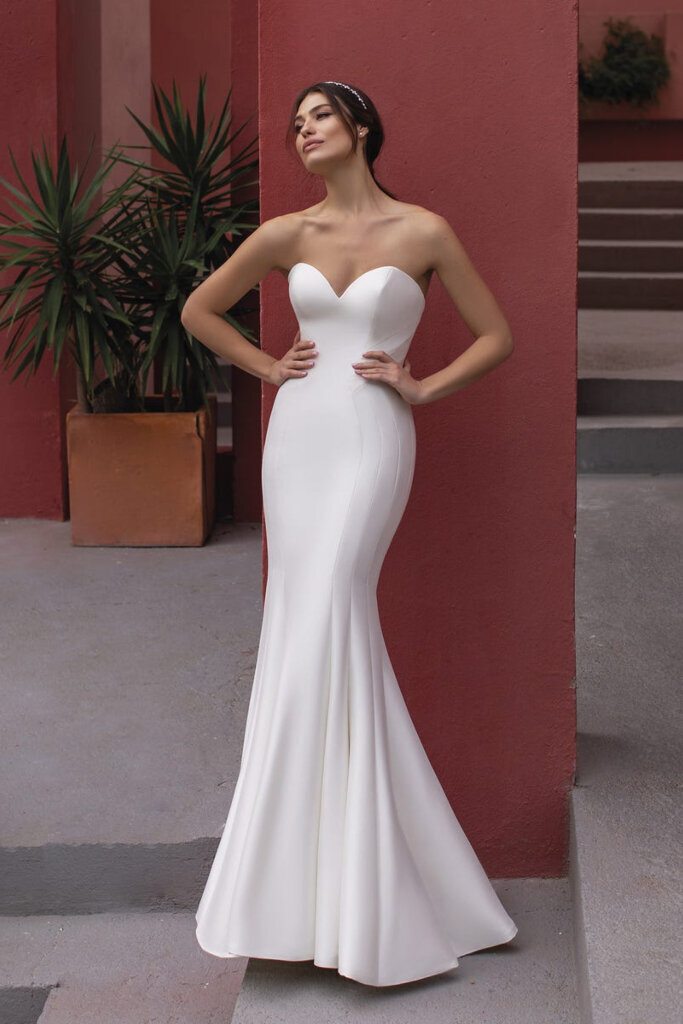 Splendor by White One by Pronovias at Sash & Bustle-2