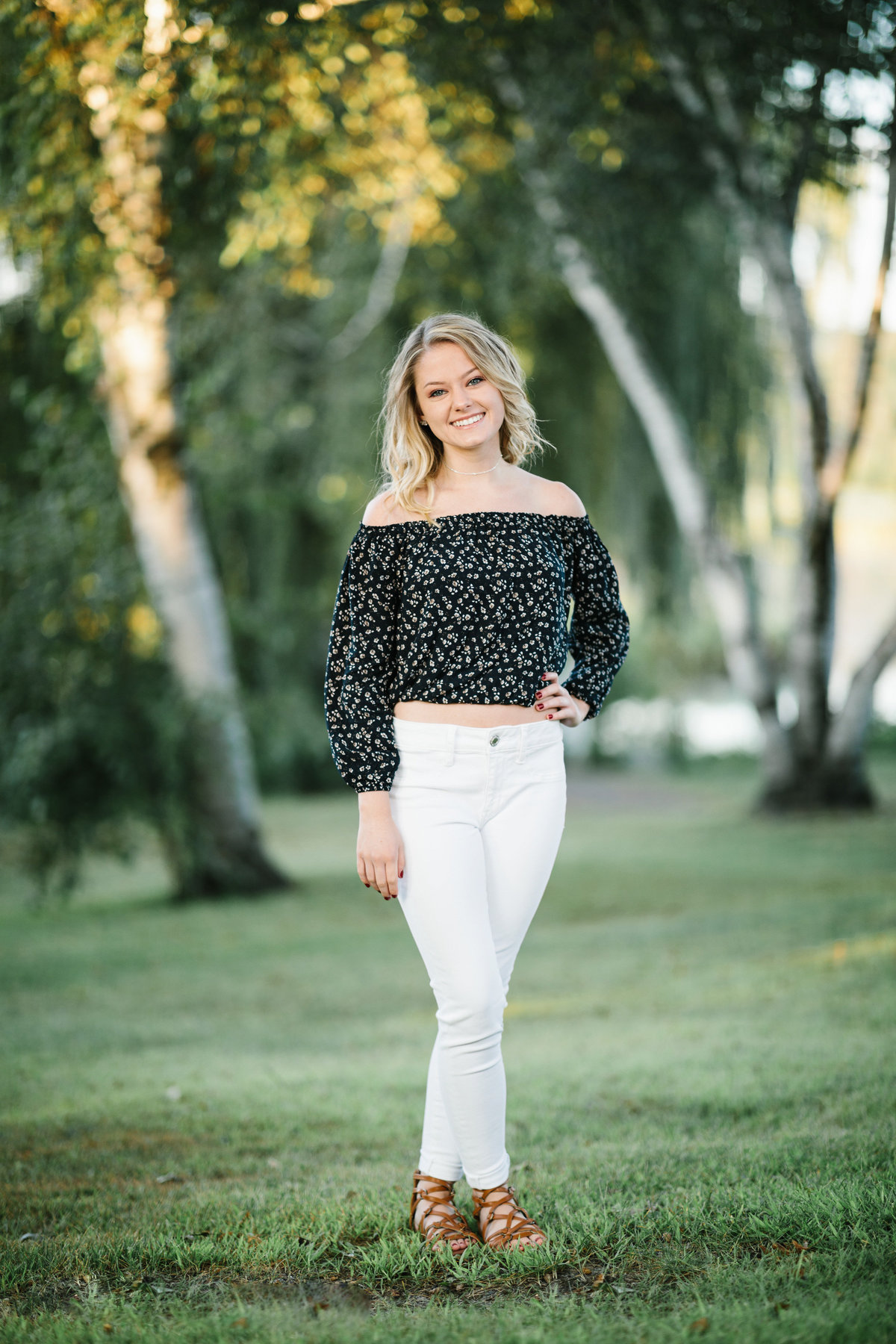 Andover-Summer-Senior-Portraits-Session-19