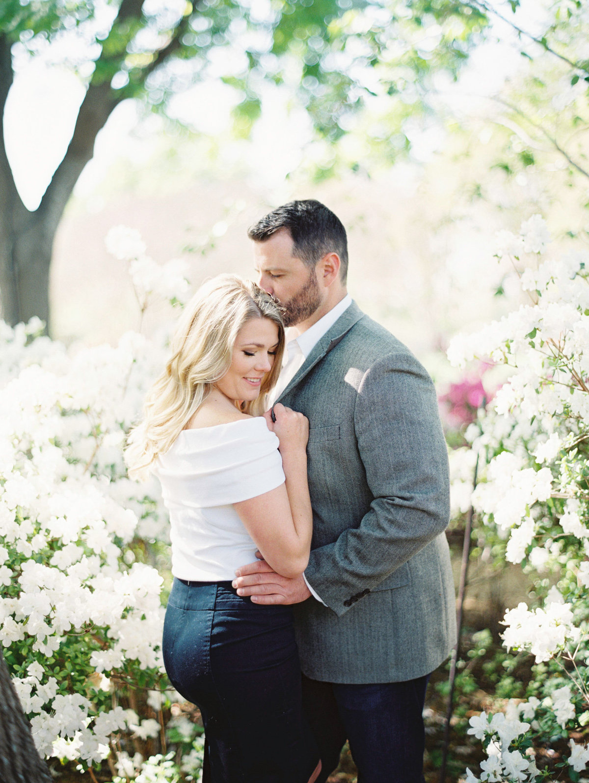 Courtney Hanson Photography - Dallas Spring Engagement Photos-009-2