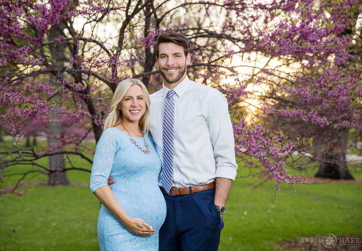 City-Park-Denver-Colorado-Maternity-Portraits-During-Spring-Blossoms-16