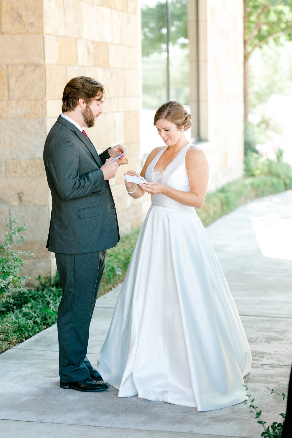 Kaylee & Michael's Wedding at Watermark Community Church | Dallas Wedding Photographer | Sami Kathryn Photography-44