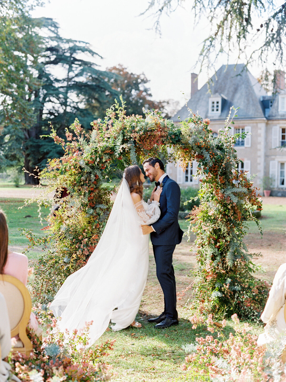 chateau-bouthonvilliers-wedding-paris-wedding-photographer-mackenzie-reiter-photography-66