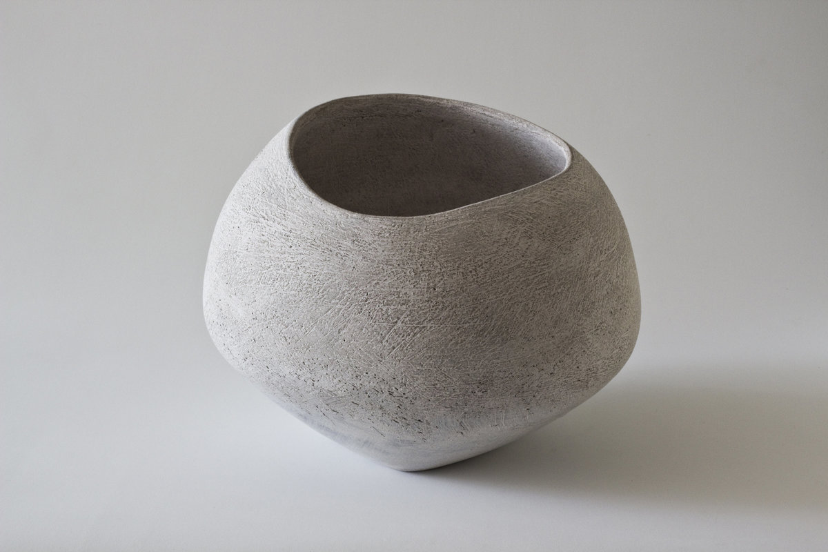 Yasha-Butler-Ceramic-Sculpture-Bowl-White-Lithic_1-3500px