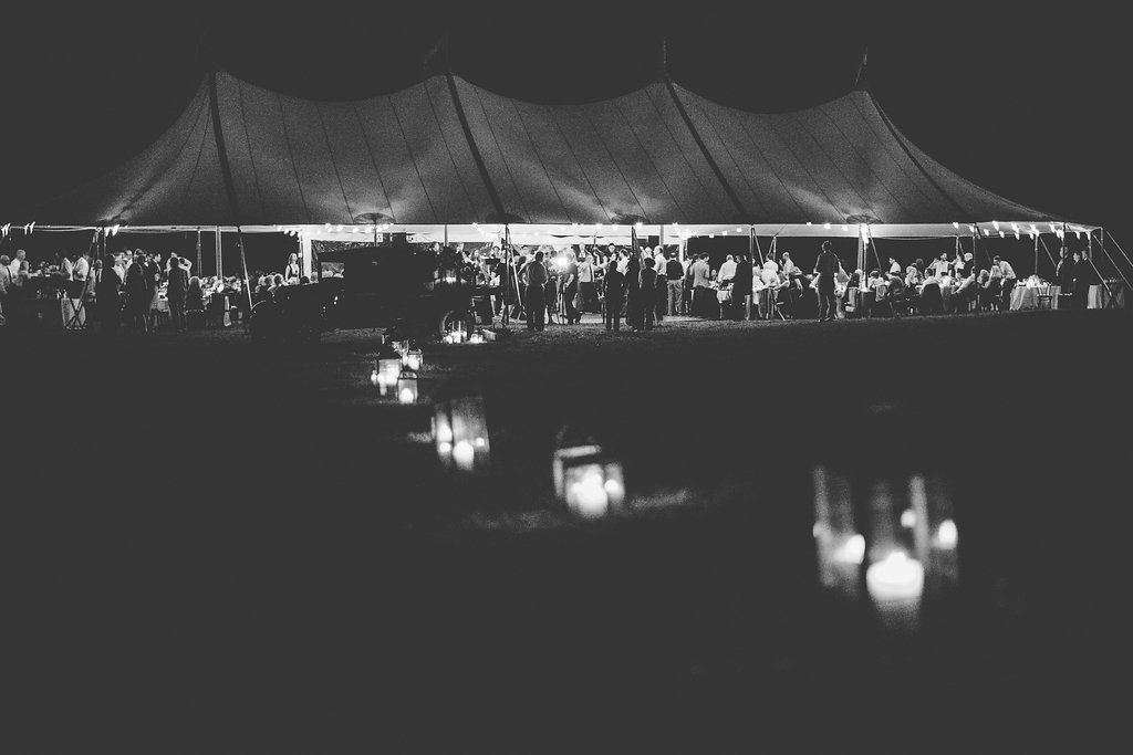 Monica-Relyea-Events-Kelsey-Combe-Photography-Dana-and-Mark-South-Farms-wedding-morris-connecticut-barn-tent-jewish-farm-country-litchfield-county1009
